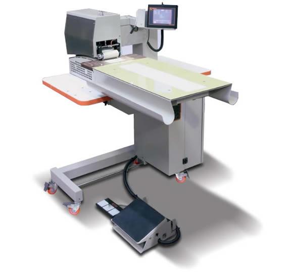 Macchine per cucire veleria paracadute e surf con punto a zig zag - Tavoli per macchine da cucire ...